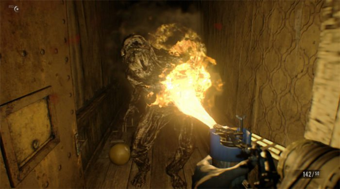 resident-evil-7-denuvo-crack-response-flamethrower-700x389